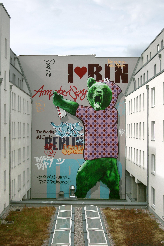 Wandmalerei Tryp Berlin
